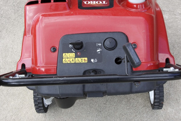 Toro Power Clear 210 Manual : Toro power clear e snow thrower ebth
