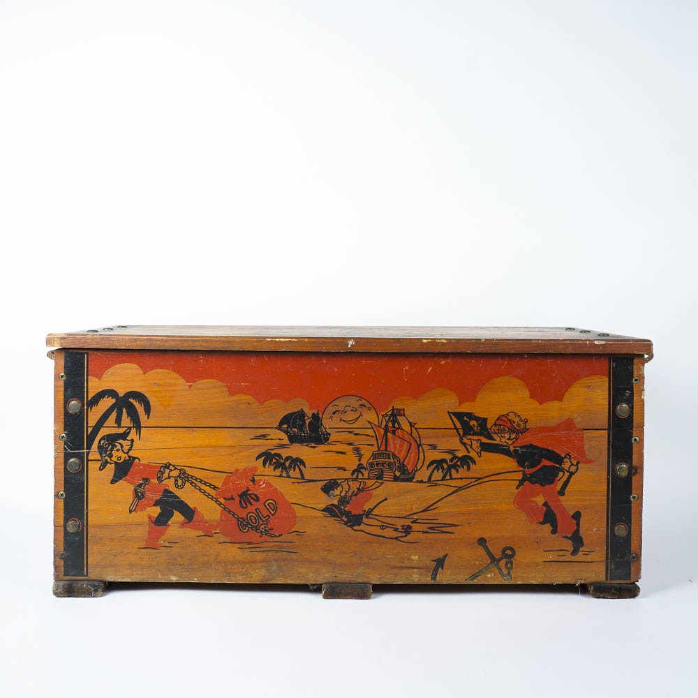 Vintage Wooden Piratesu0027 Treasure Chest Toy Box ...