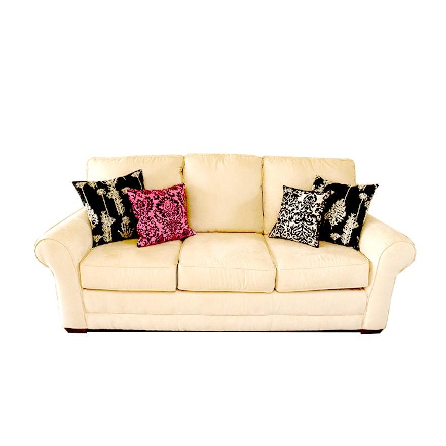 Benchmark Sofa With Four Throw Pillows