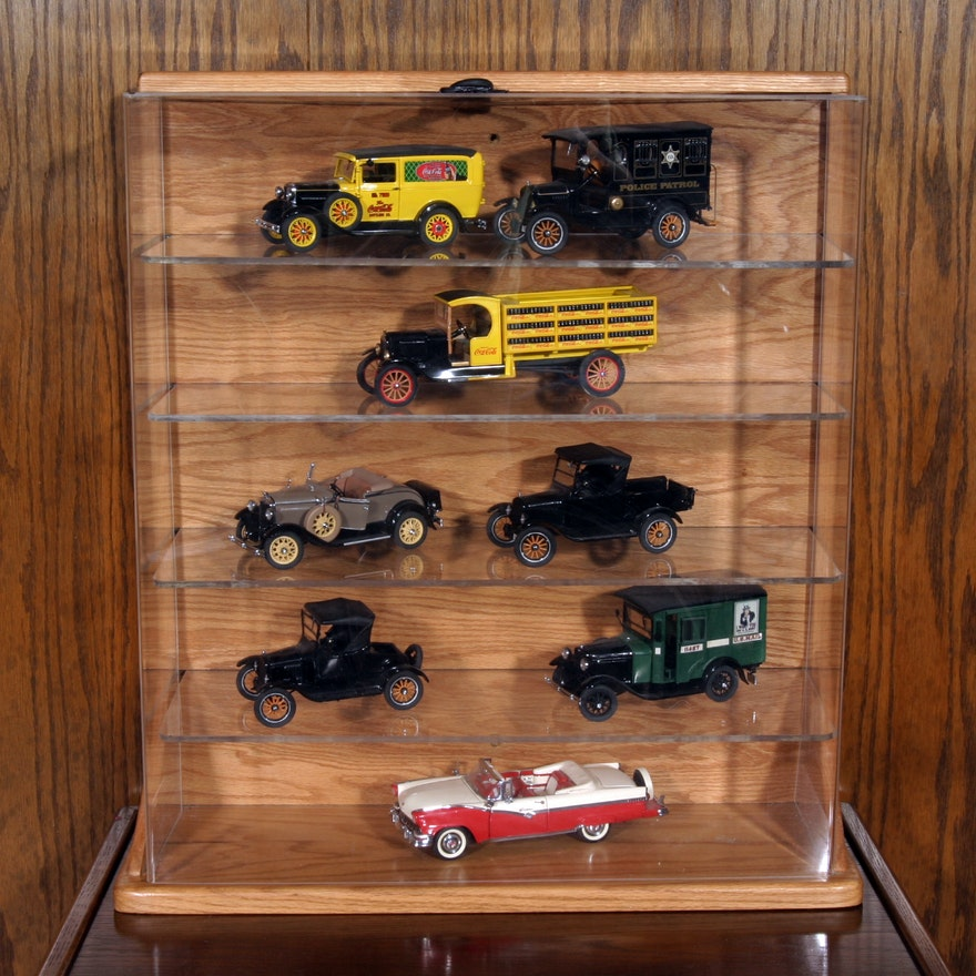 Collection Of Danbury Mint Model Cars And Display Case : EBTH