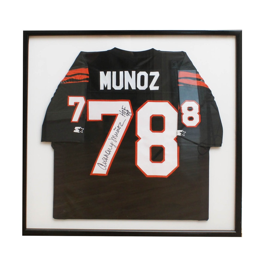 64d168d3 Anthony Munoz Framed Signed Jersey : EBTH