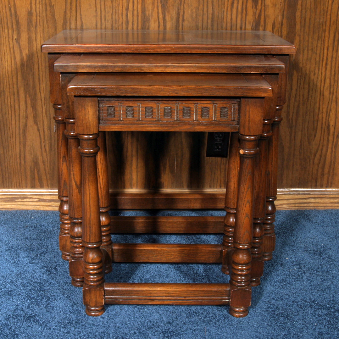 Tables Antique Walnut Nest Of Tables Profit Small 1900-1950