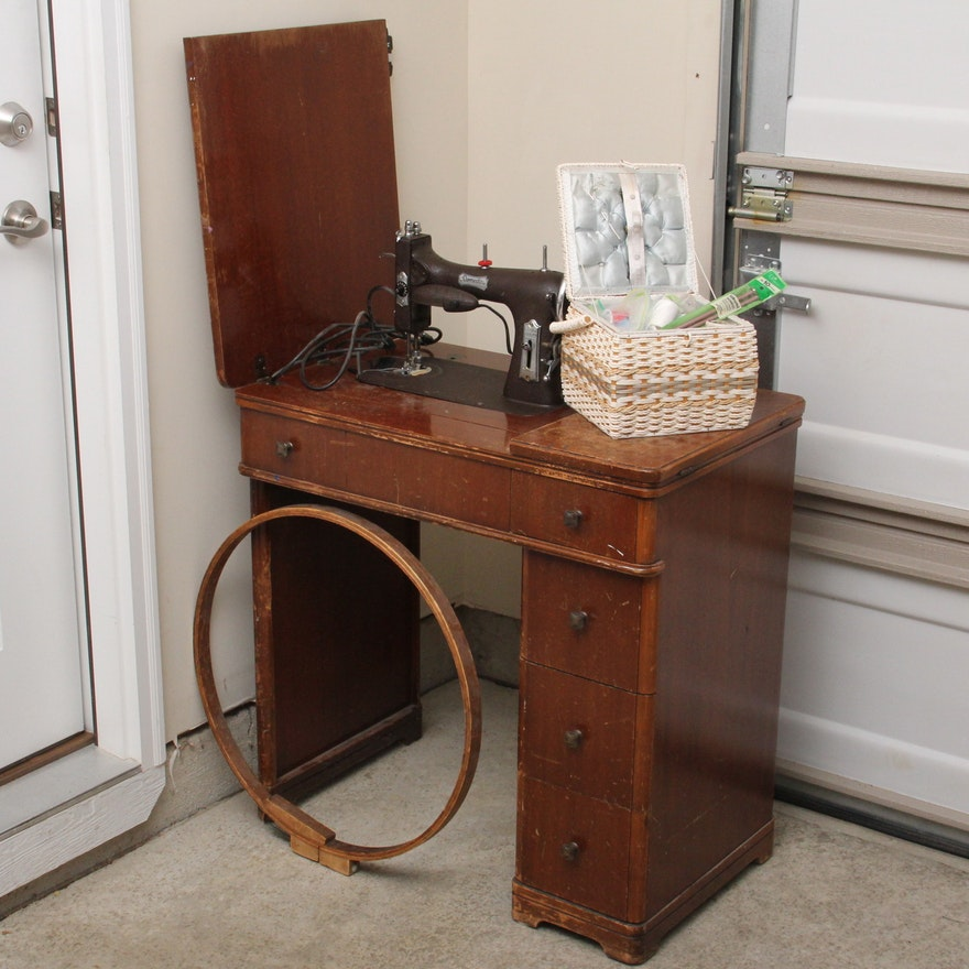 Vintage Domestic Rotary Electric Sewing Machine With Cabinet EBTH Inspiration Antique Domestic Sewing Machine
