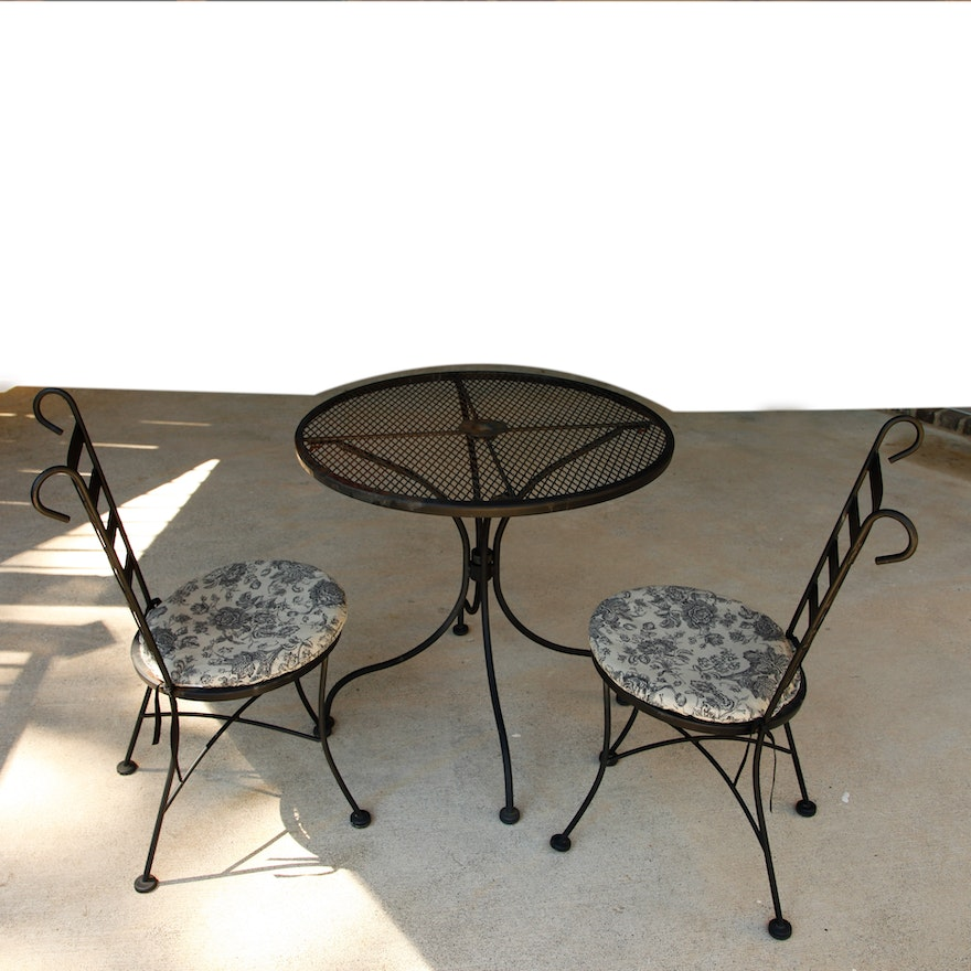 Vintage Plantation Patterns Wrought Iron Patio Table And Chairs