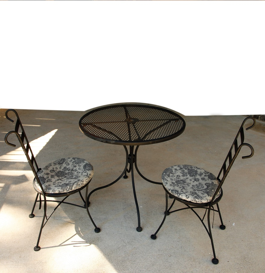 Vintage plantation patterns wrought iron patio table and for Wrought iron furniture