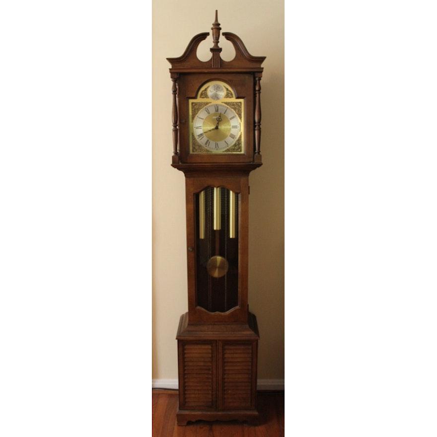 Vintage 1976 Howard Miller Grandfather Clock