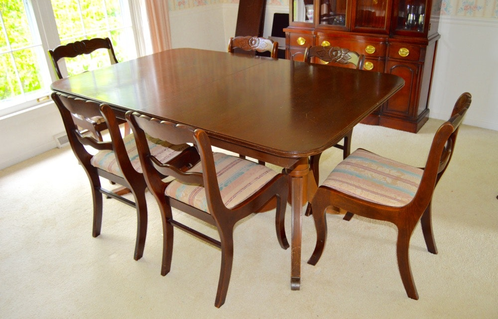 Vintage Duncan Phyfe Style Dining Table with Six Roseback