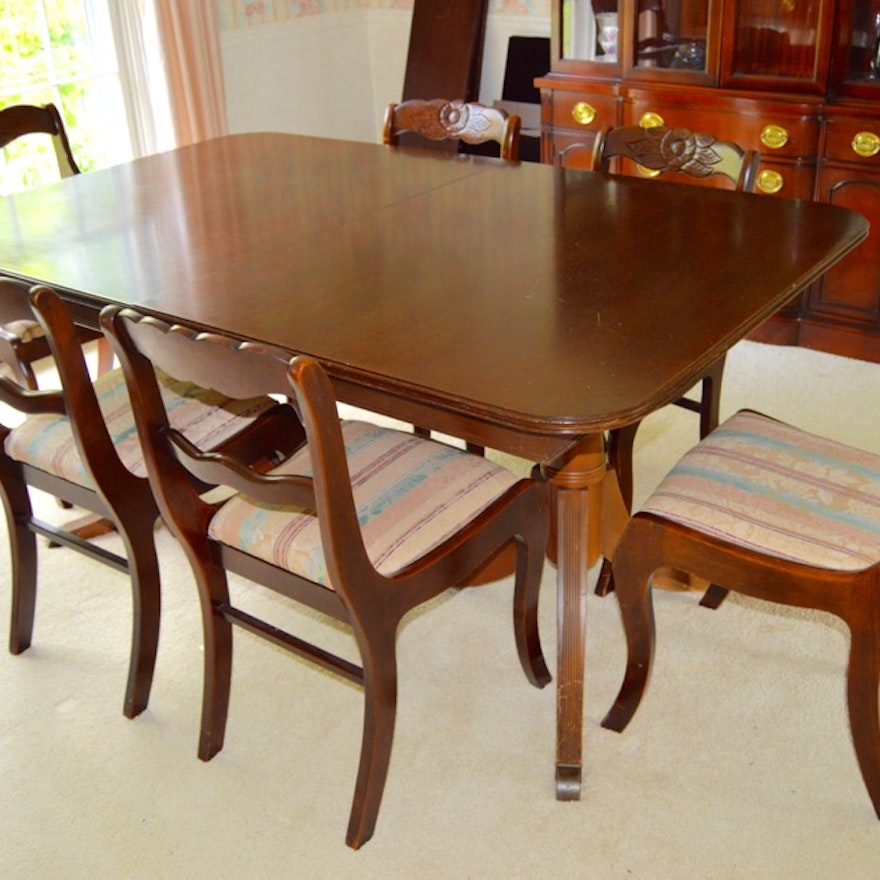 Duncan Phyfe Dining Room Set: Vintage Duncan Phyfe-Style Dining Table With Six Roseback
