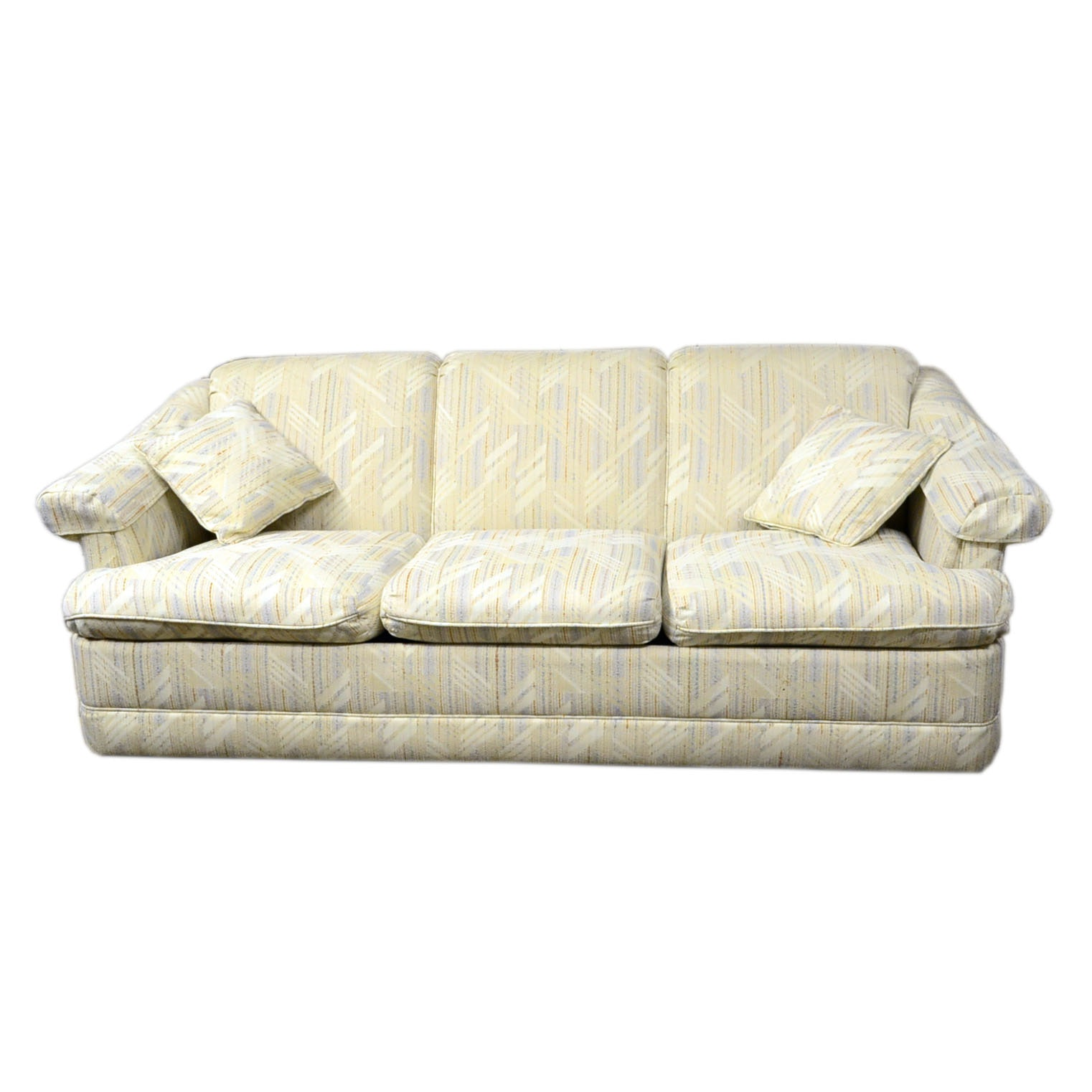 Vintage Sofas Antique Settees Retro Loveseats and Antique Chaises in Traditional Furnishings