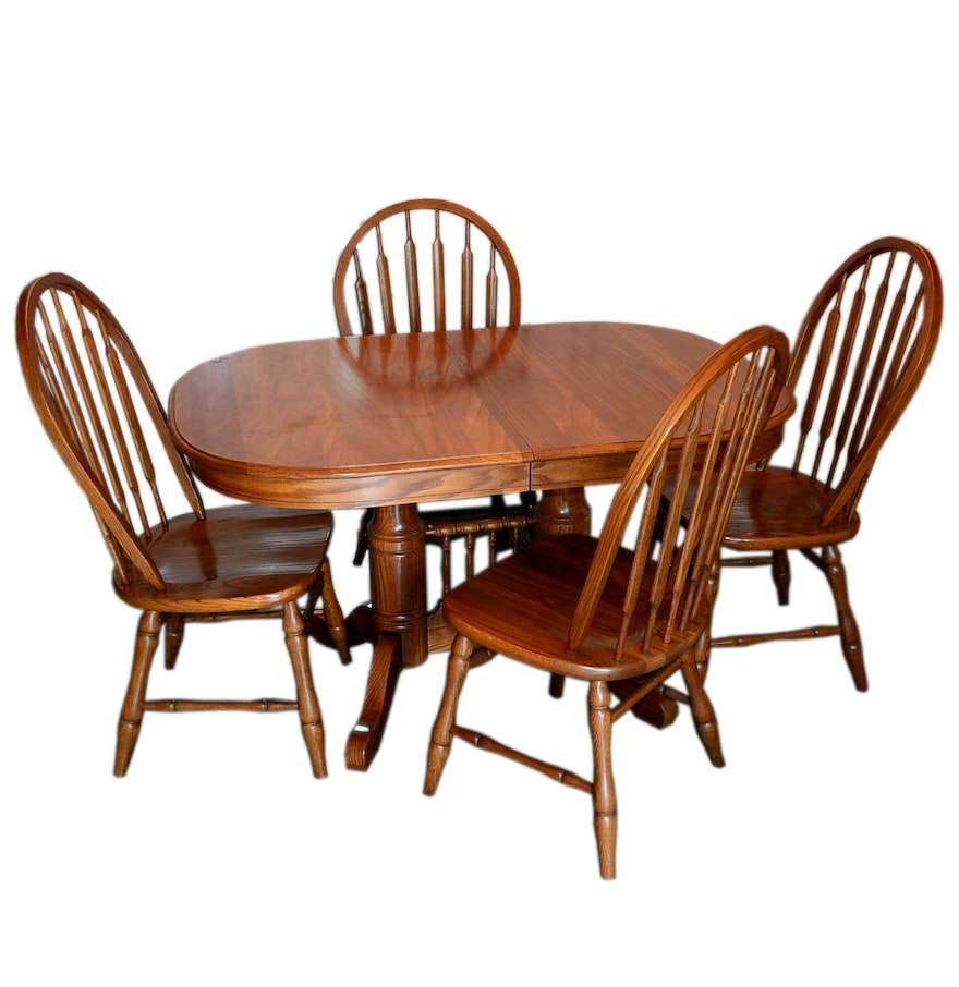 Tell city oak dining table and dining chairs ebth for Oak dining table set