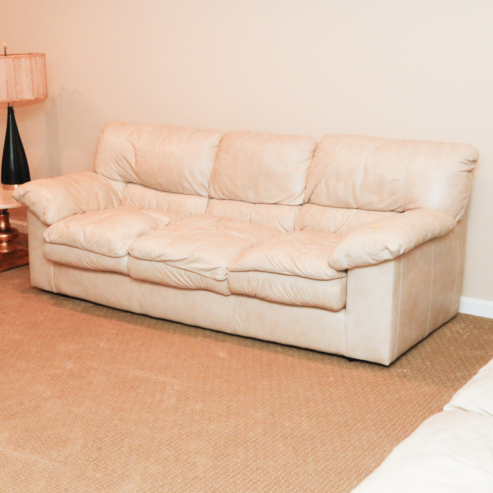 Viewpoint Leather Works Cream Sofa 2 Ebth