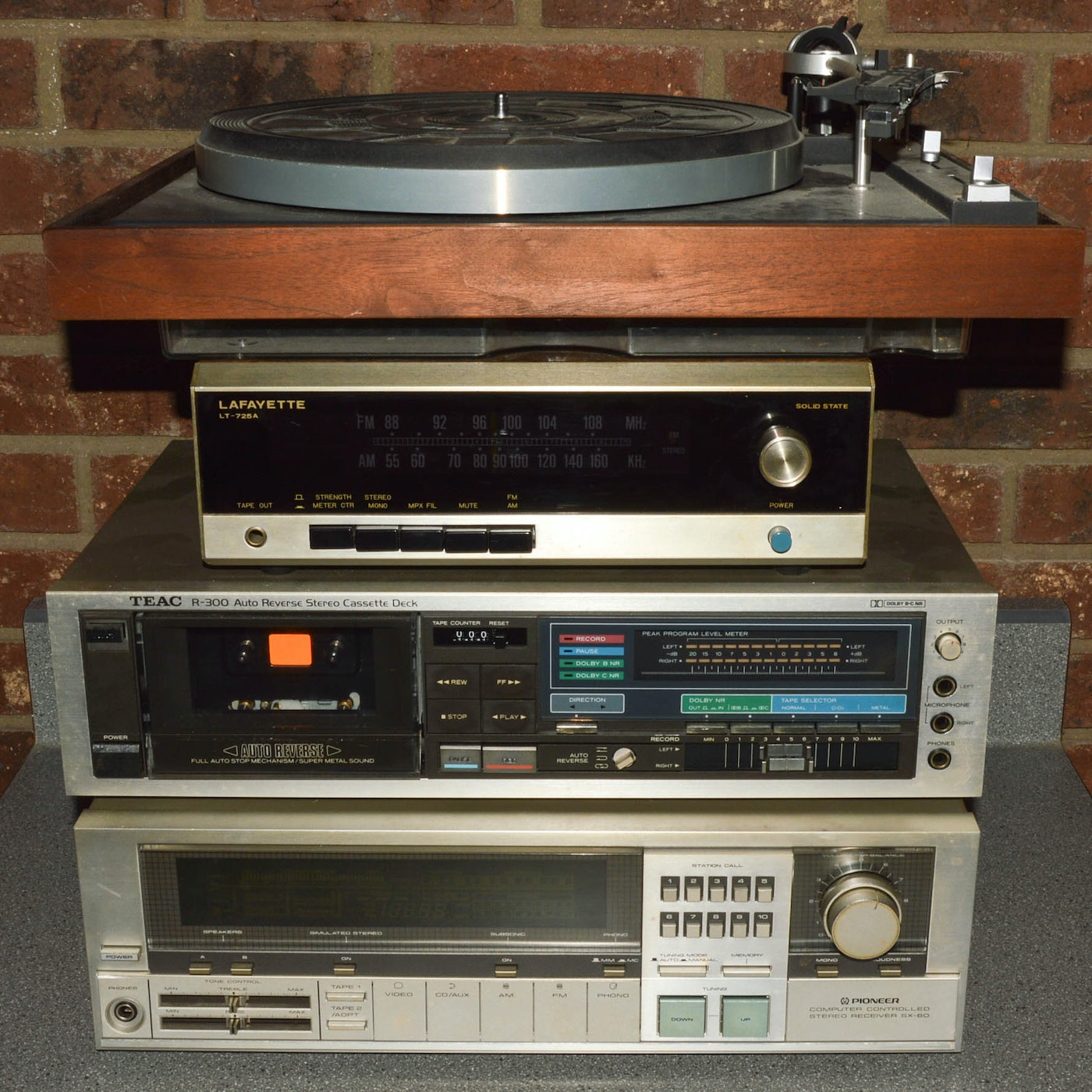 Vintage Stereo Components 37