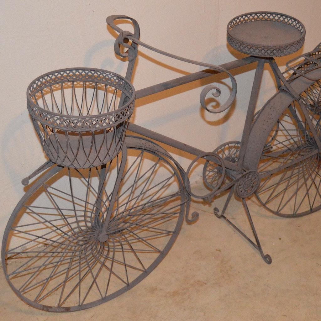 Vintage Bicycle Planter ... Design