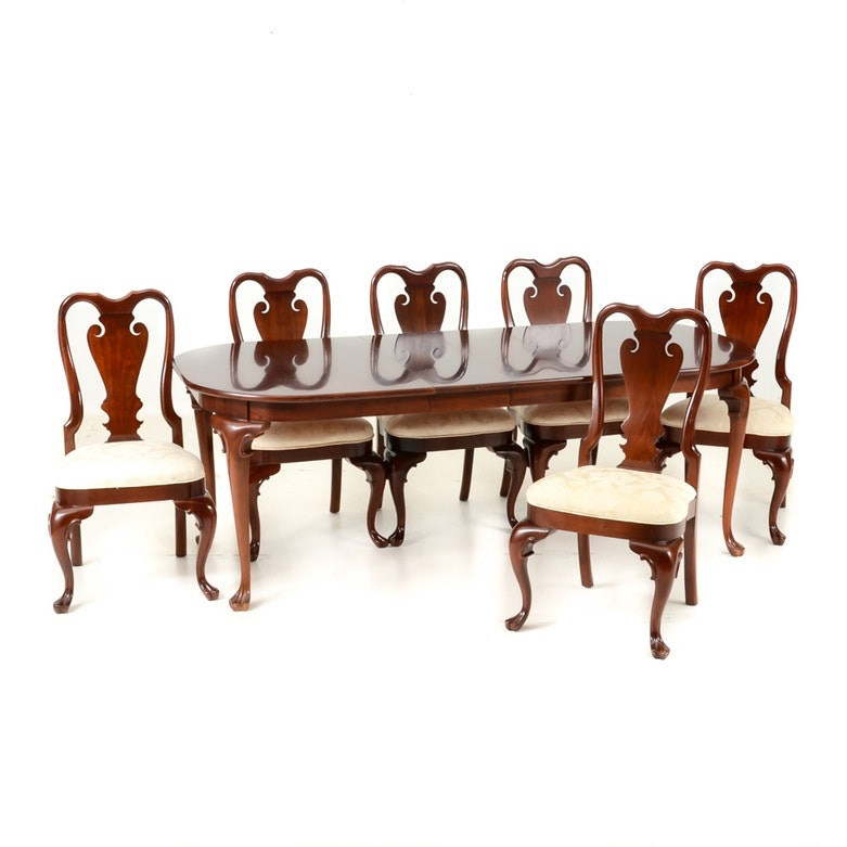 Pennsylvania Classics, Inc Mahogany Dining Room Table with Chairs