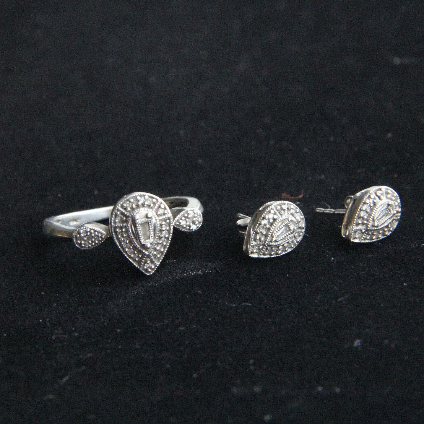 Pear Diamond Ring in Sterling Silver Band with Matching Earings
