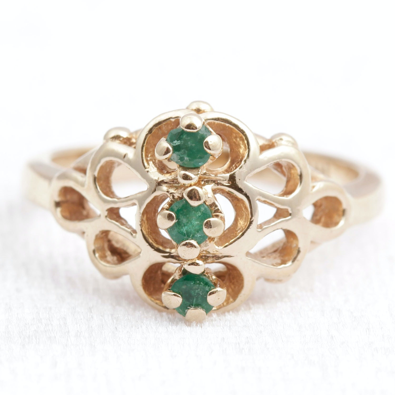10k yellow gold emerald ring ebth
