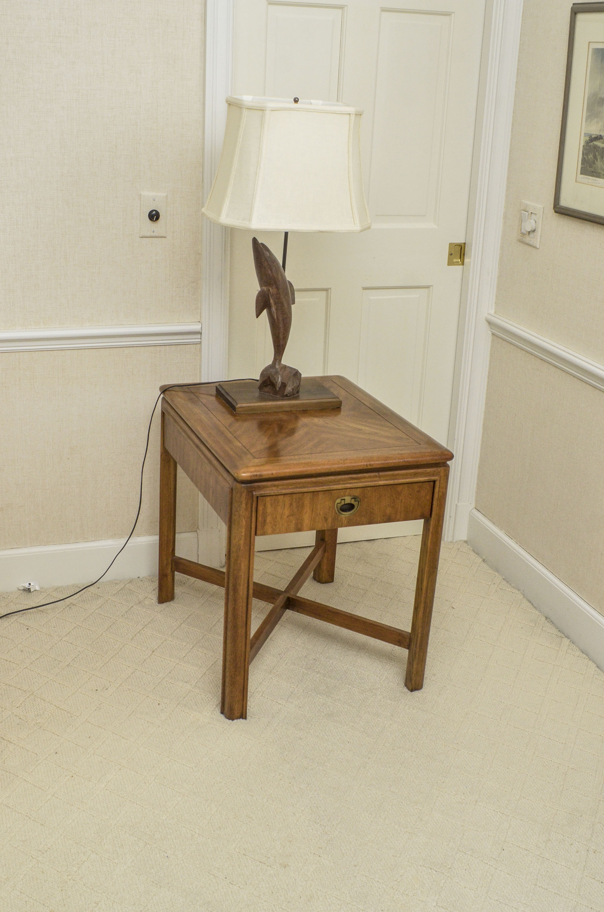 Drexel Heritage End Table And Dolphin Table Lamp Ebth