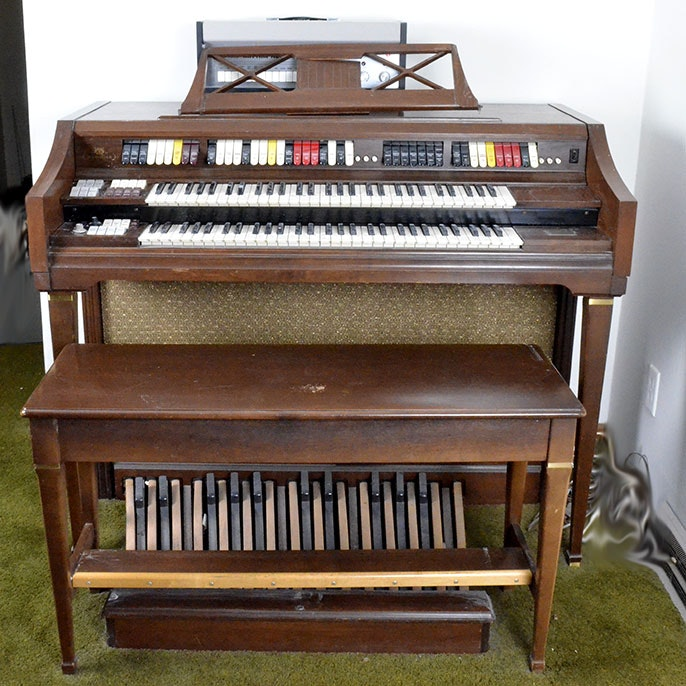 Wurlitzer Model 4500 Organ and Ace Tone Rhythm Ace