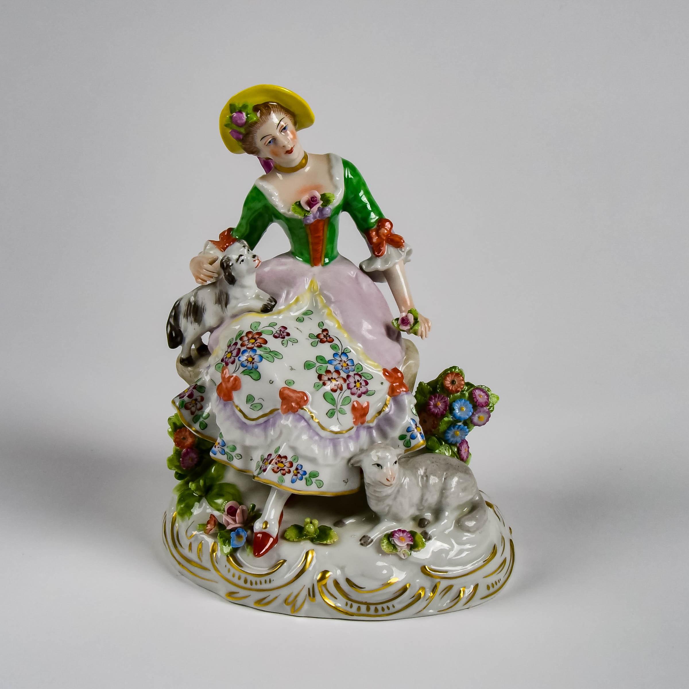 Sitzendorf German Porcelain Figurine