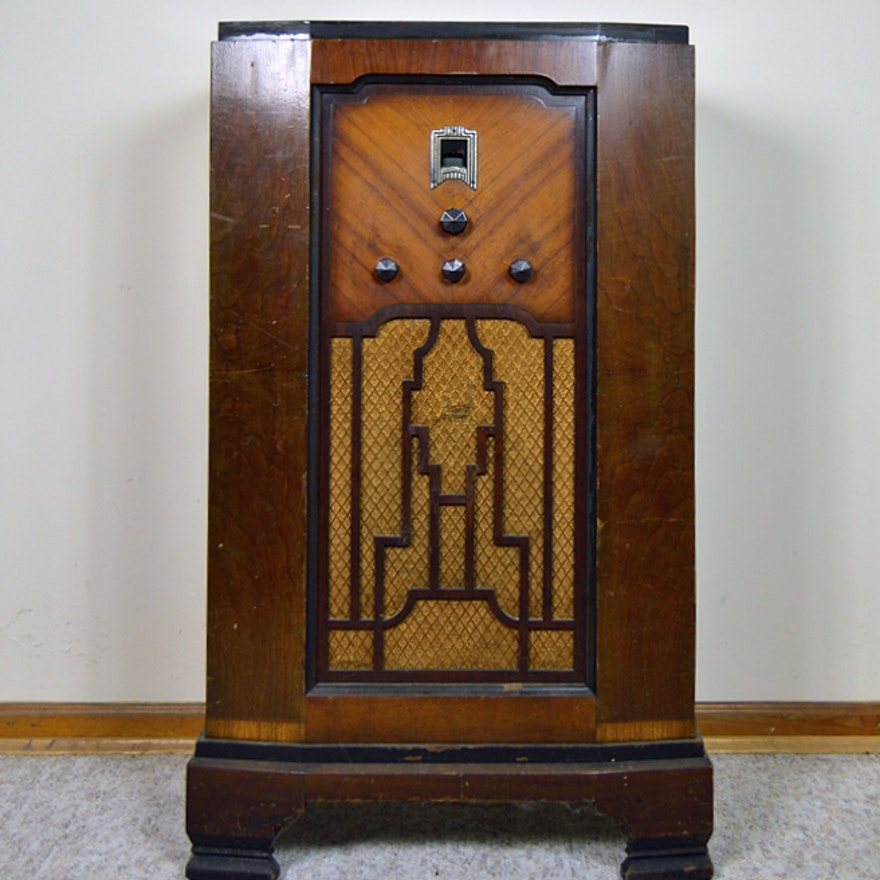 Vintage Art Deco Crosley Floor Model Radio
