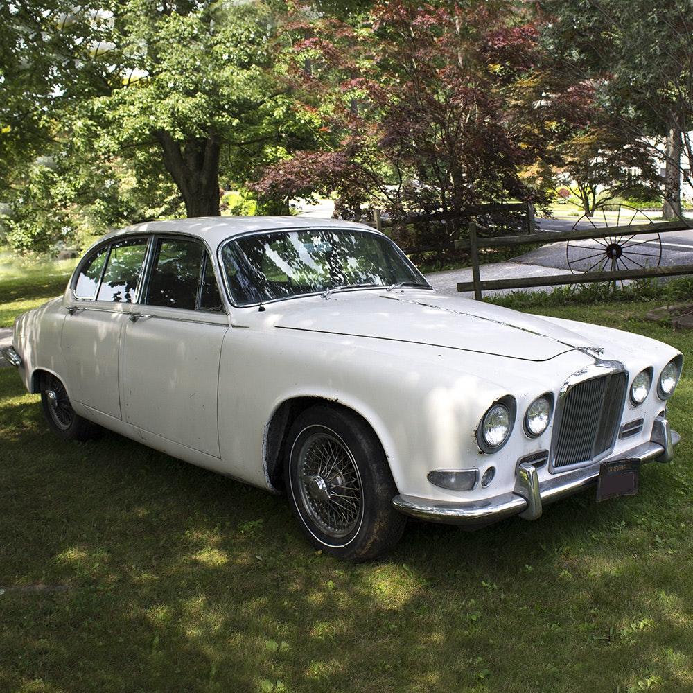 1967 Jaguar 420 Sedan