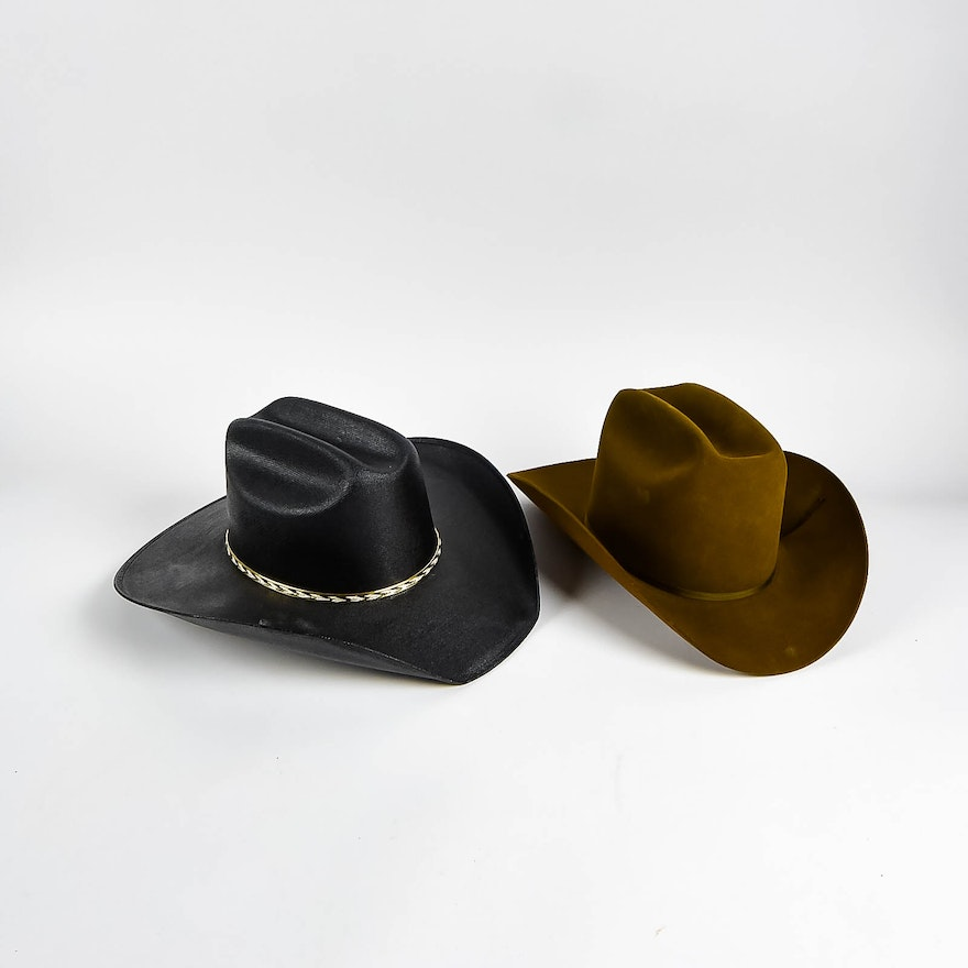 e7a9aff63ad62 Pair of Men s Western Hats   EBTH