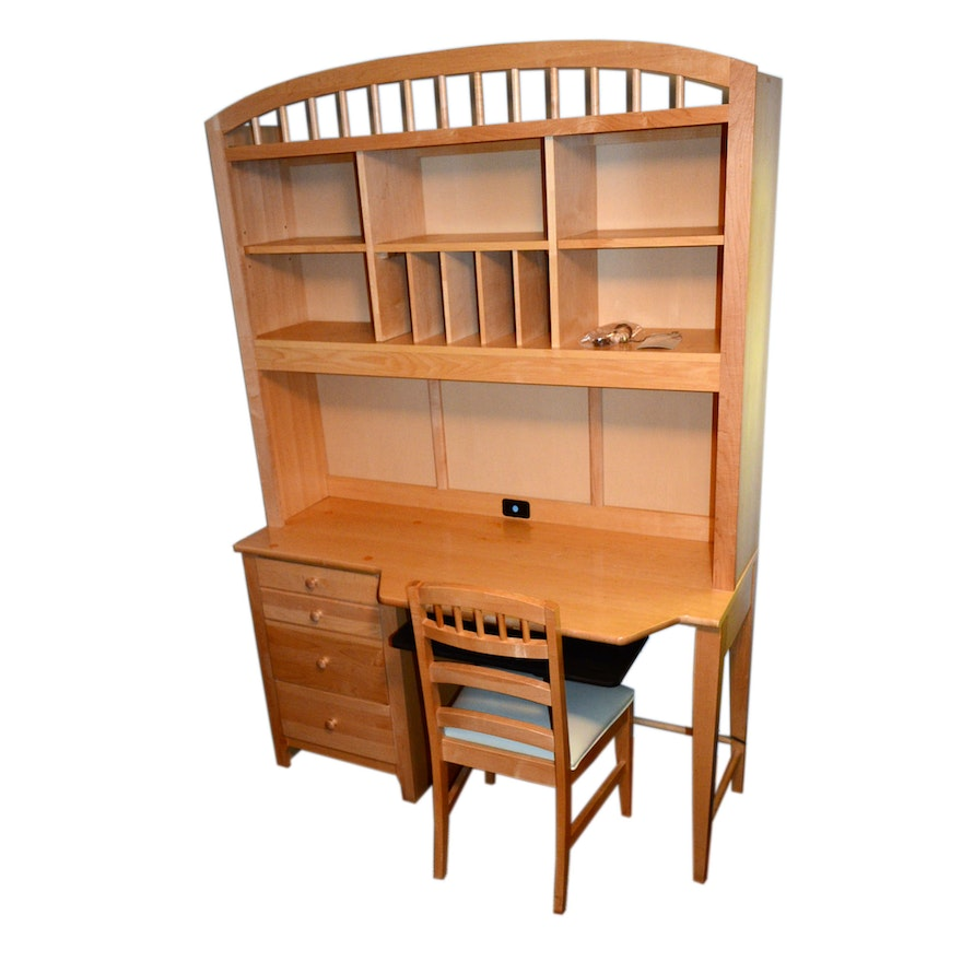 Stanley Young America Maple Desk With Bookshelf Top