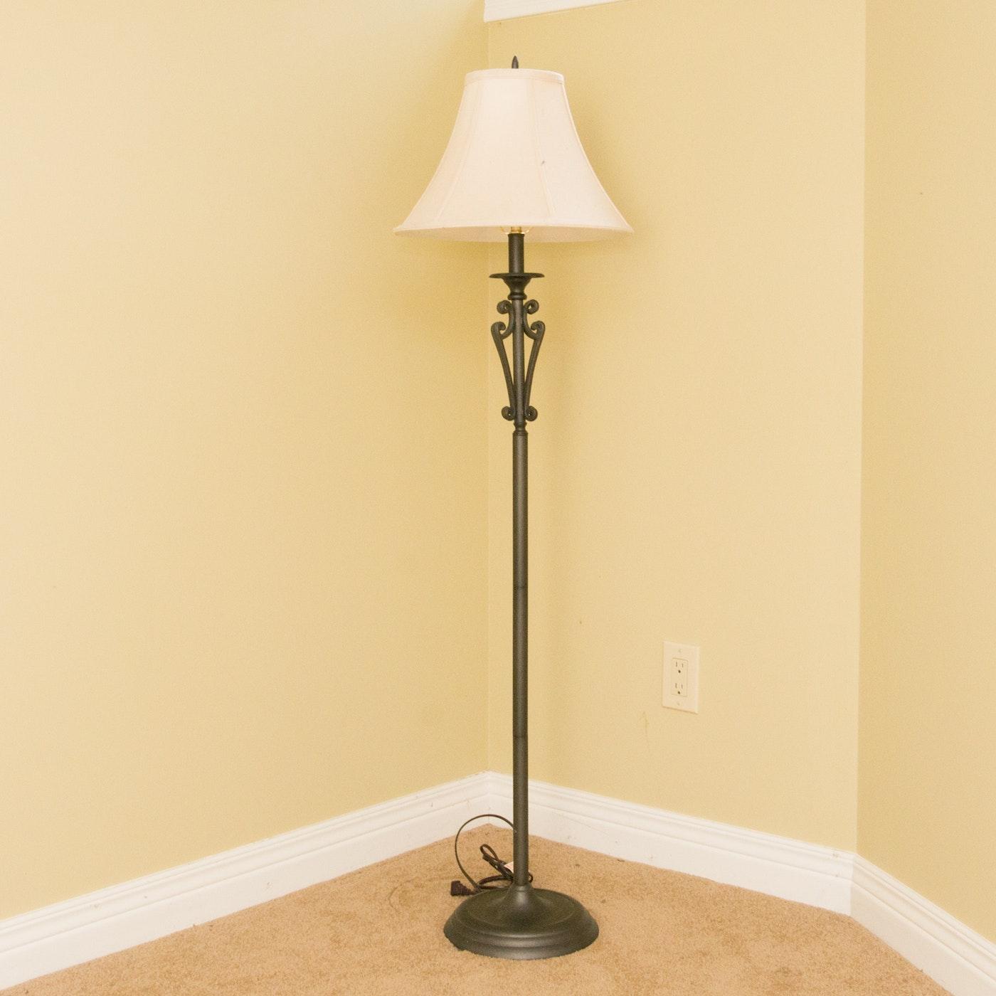 traditional style floor lamp ebth. Black Bedroom Furniture Sets. Home Design Ideas