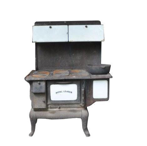Antique Royal Leader Cast Iron Stove