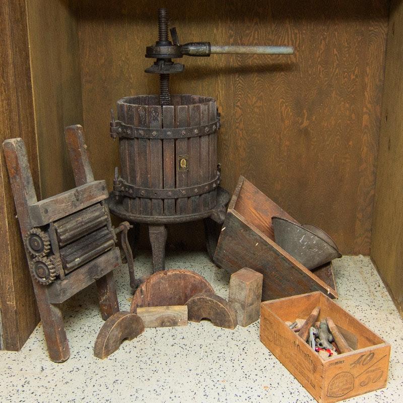 Antique Baccellieri Bros. Mfg. Co. Wine Press