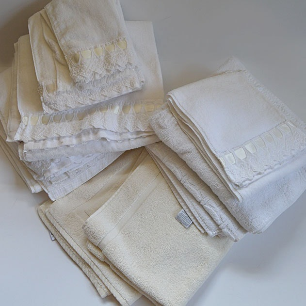 Towel Collection in White and Cream