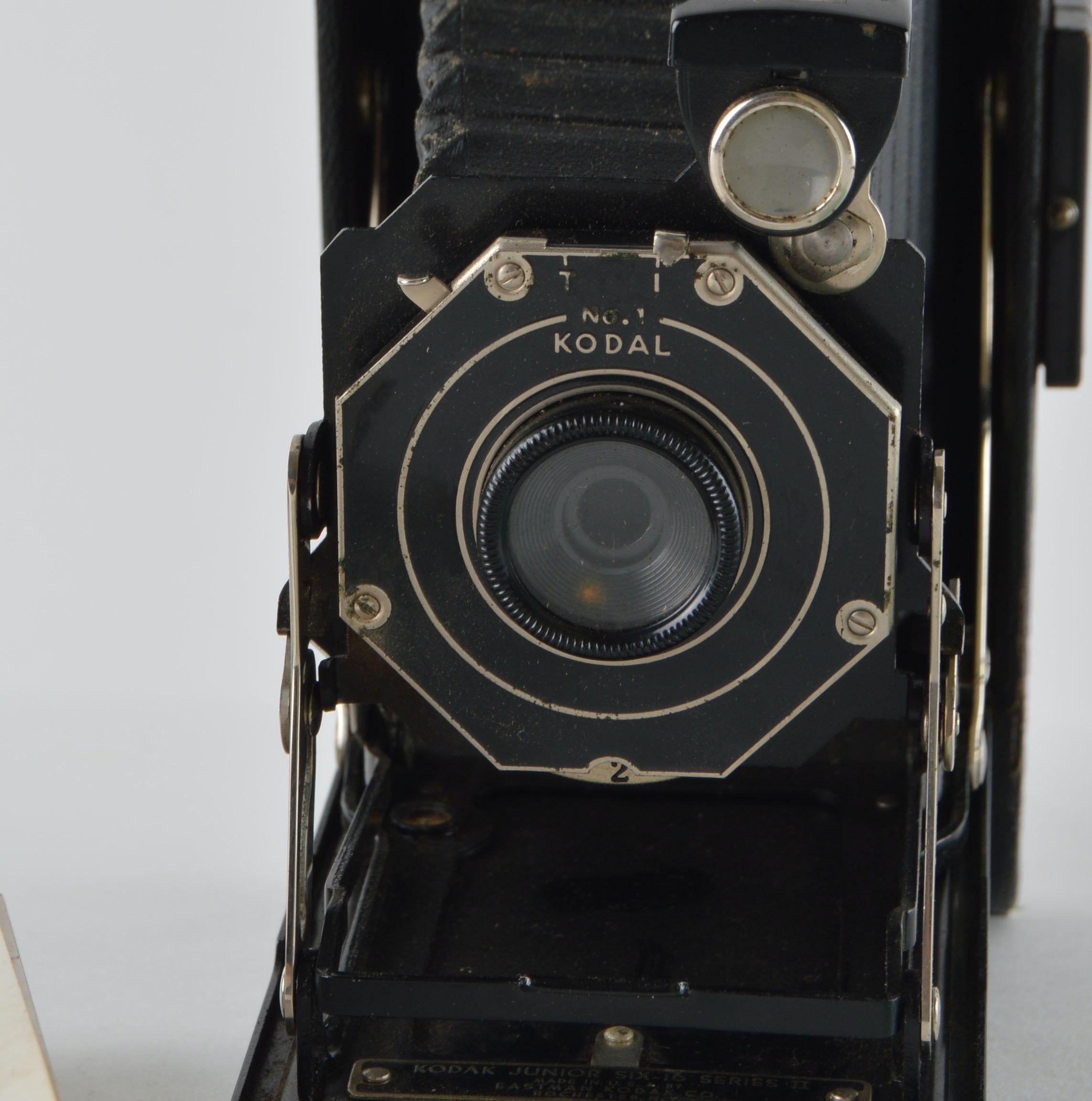 Kodak Junior Six-16 Series II Single Lens Camera : EBTH