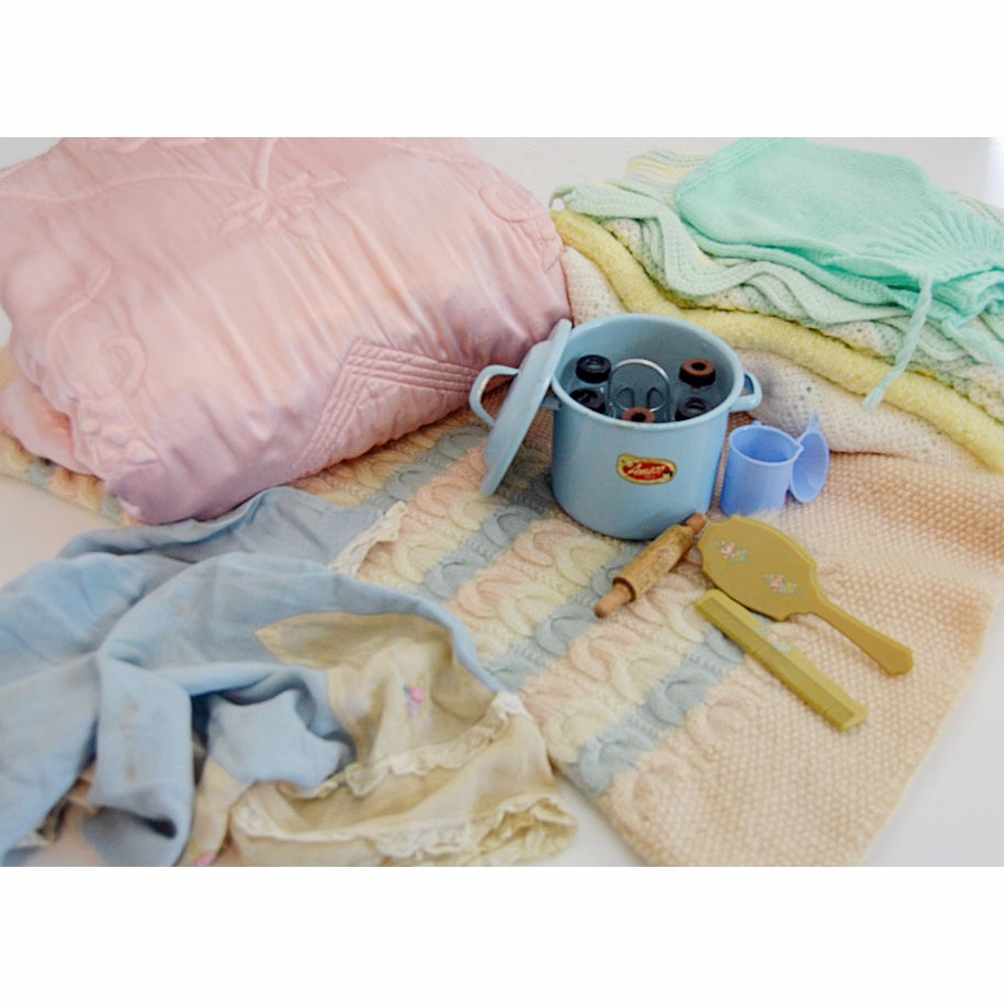 Vintage Knitted Baby Blankets, Clothing & Collectibles