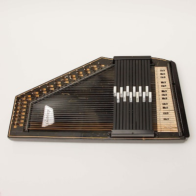 FEB 2009 moreover Autoharps Omnichords also 361836732829 also Ended in addition Suche Html. on oscar schmidt autoharp pick up