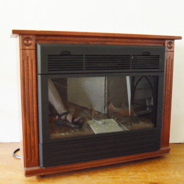 Amish Crafted Heat Surge Infinity Flame Electric Fireplace
