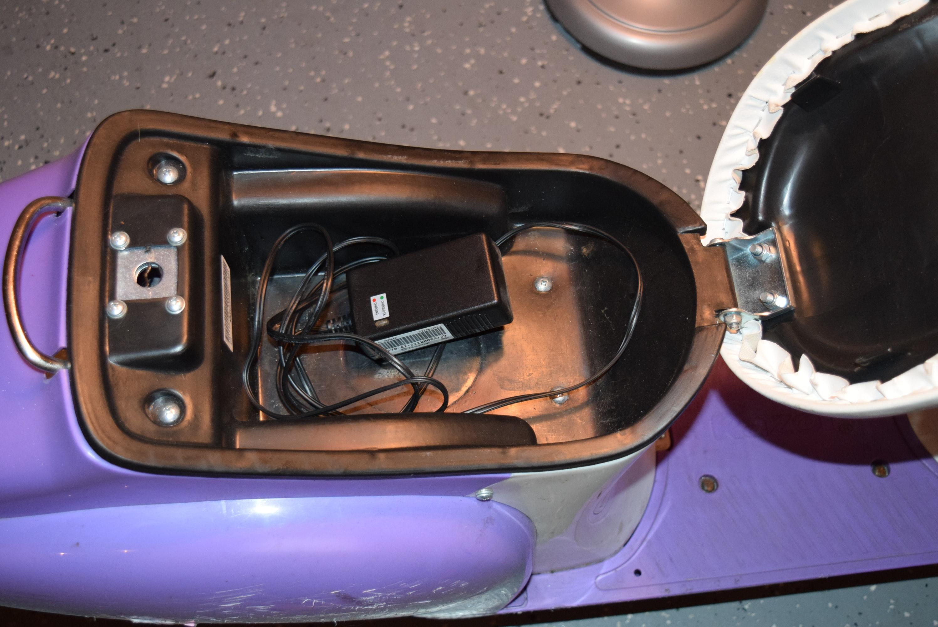 Razor Pocket Mod Betty Motorized Electric Scooter Ebth