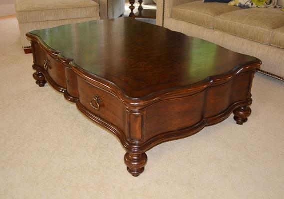 Thomasville Furniture Brunello Cocktail Table EBTH
