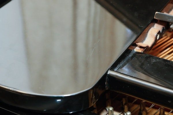 Piano dating serial number 8