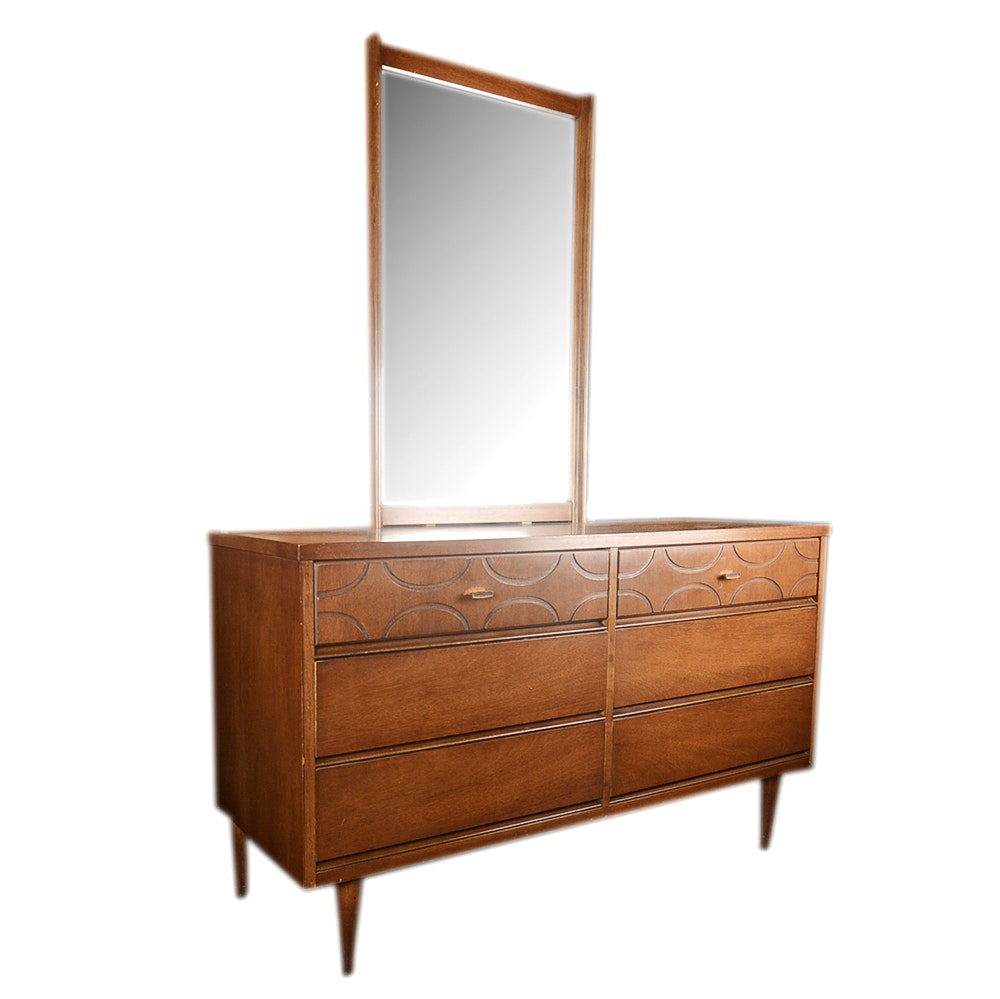 Mid Century Modern Bassett Furniture Dresser With Mirror ...