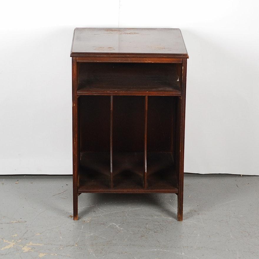 Small Vintage Mahogany Record Cabinet ... - Small Vintage Mahogany Record Cabinet : EBTH