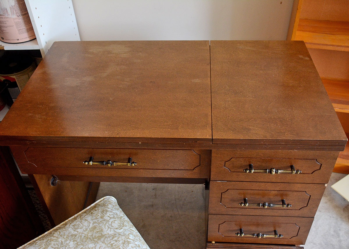 Singer Sewing Machine Cabinet Chair And Accessories Ebth