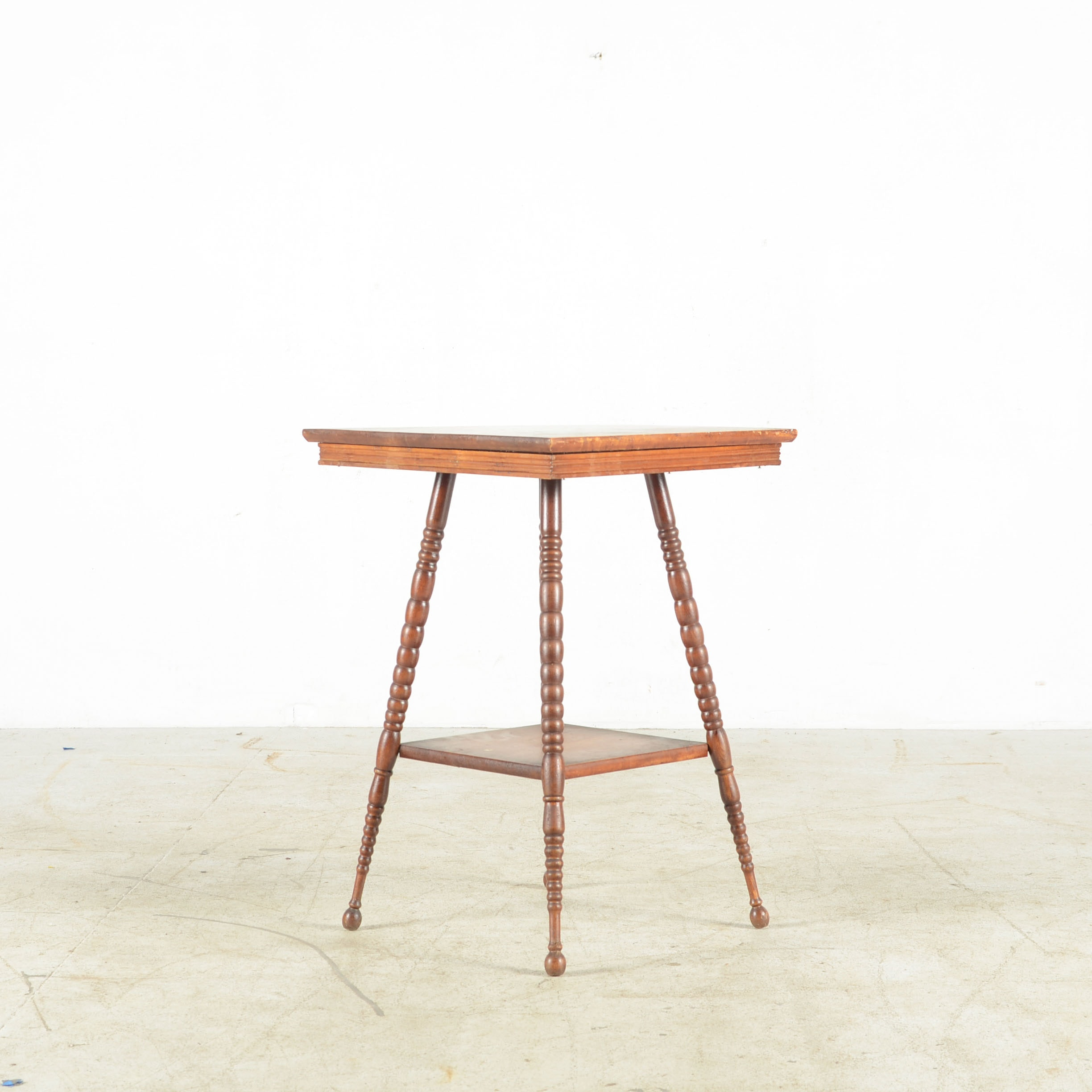 Antique Eastlake Style Parlor Table Ebth