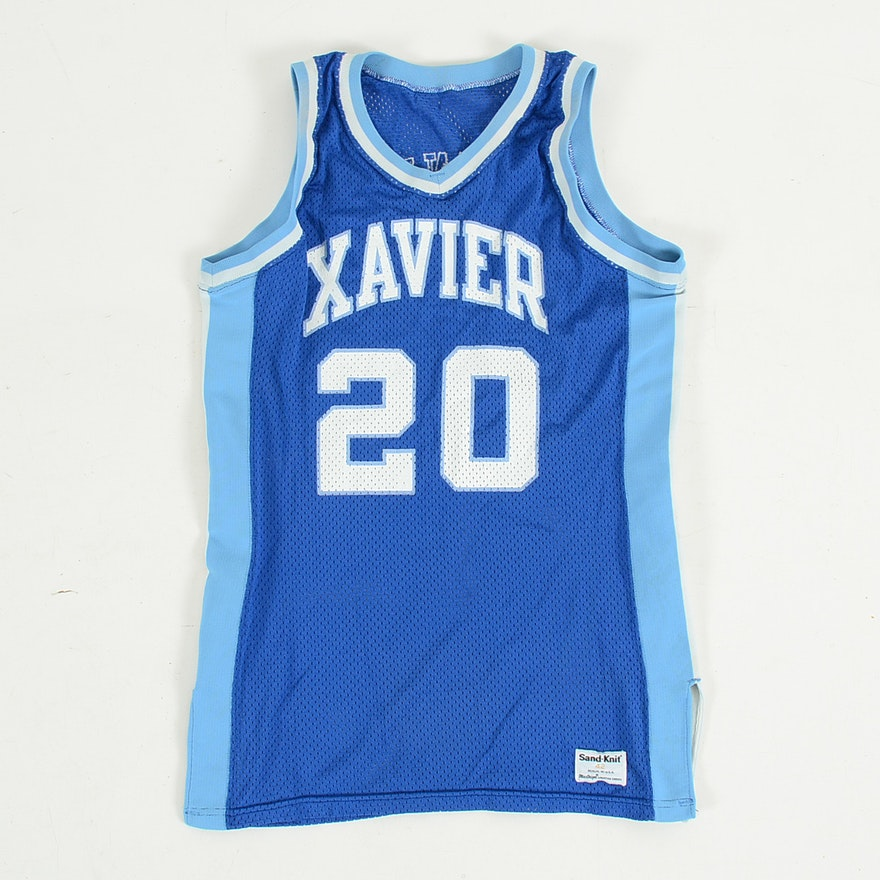 best website 0d3ca faf9d Vintage Xavier Universeity Michael Davenport Mens Basketball Jersey
