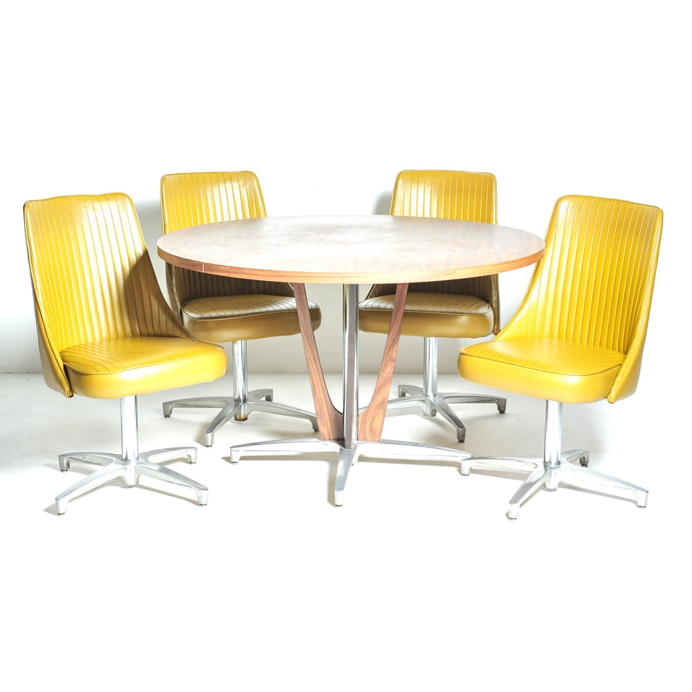 Chromcraft Mid Century Dining Chairs And Table ...