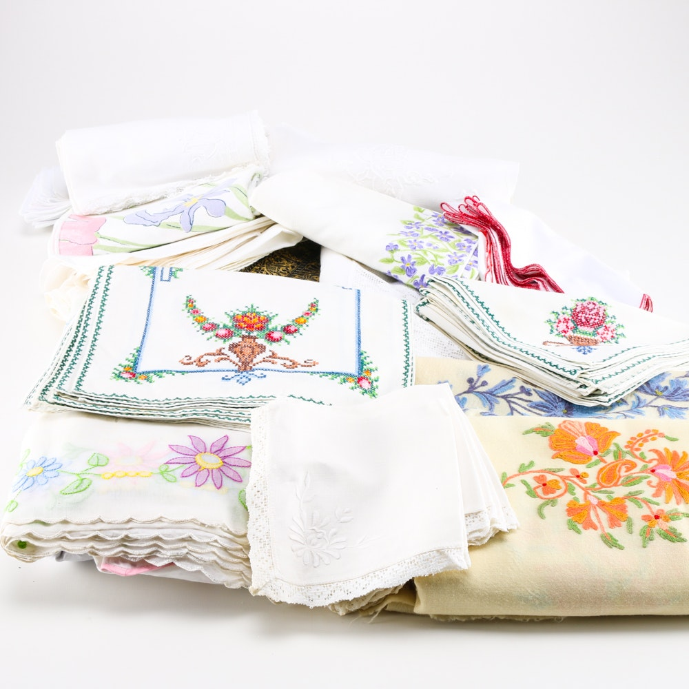 Assortment of Vintage Linens