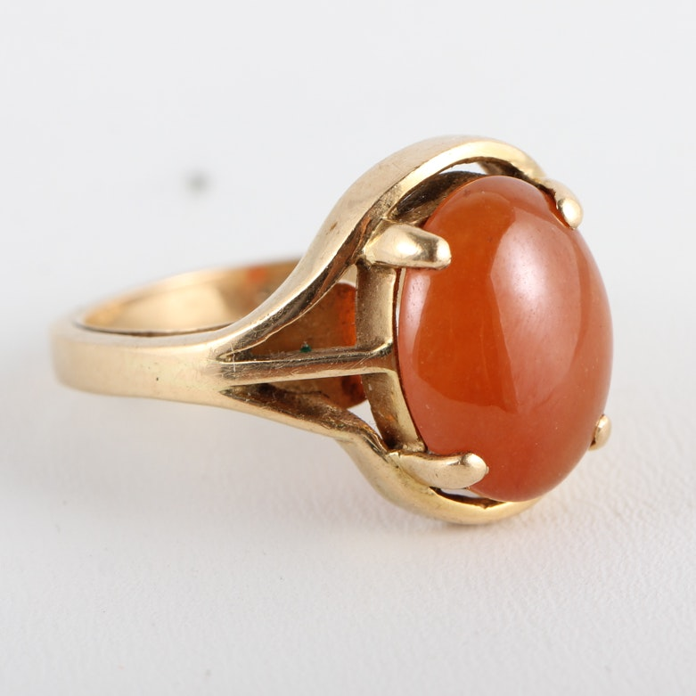 14K Yellow Gold and Carnelian Ring