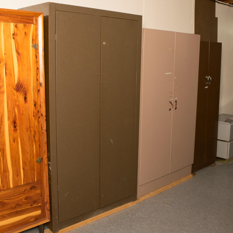 Three Assorted Vintage Metal Wardrobe Storage Cabinets ... & Three Assorted Vintage Metal Wardrobe Storage Cabinets : EBTH
