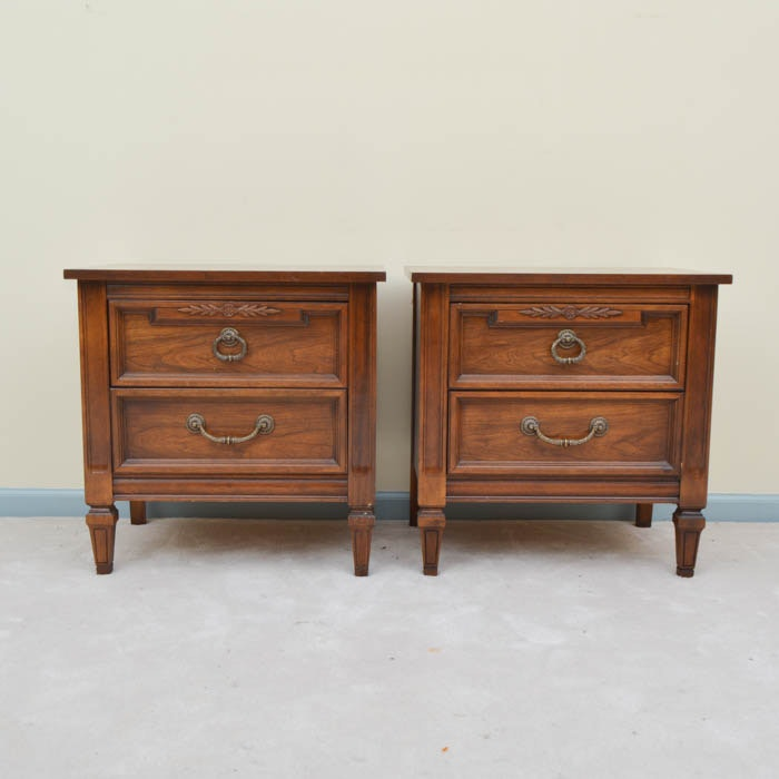 Attrayant Pair Of Dixie Furniture Company End Tables ...