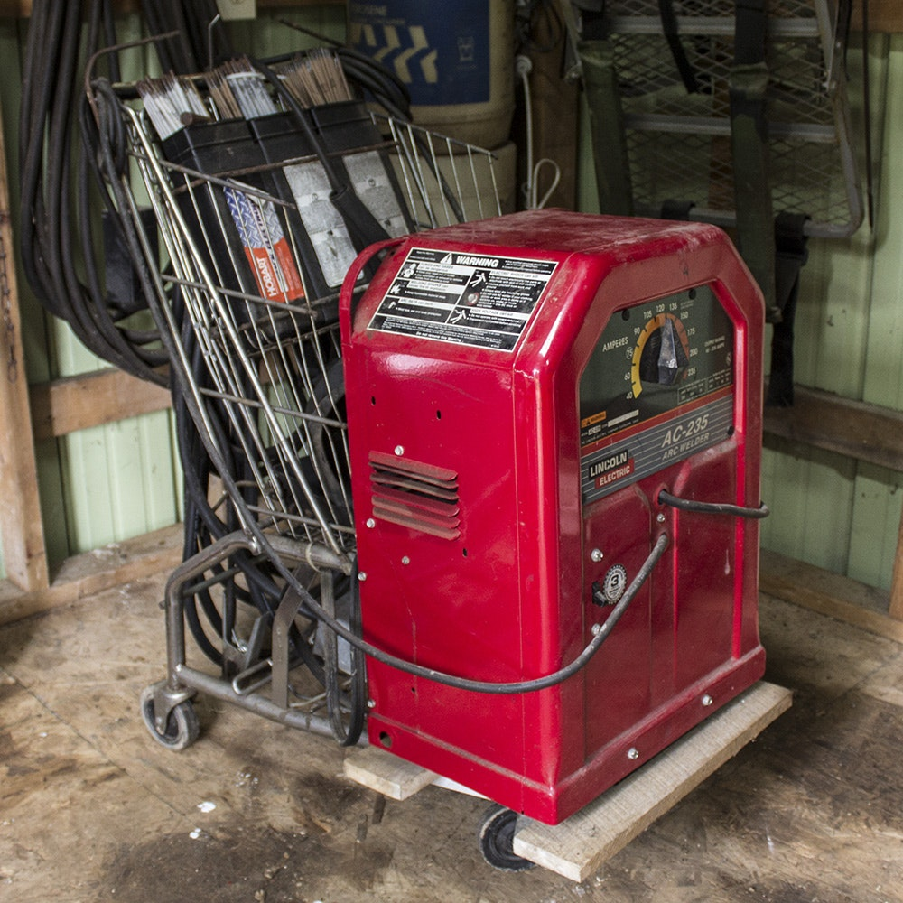Lincoln Electric AC-235 Arc Welder