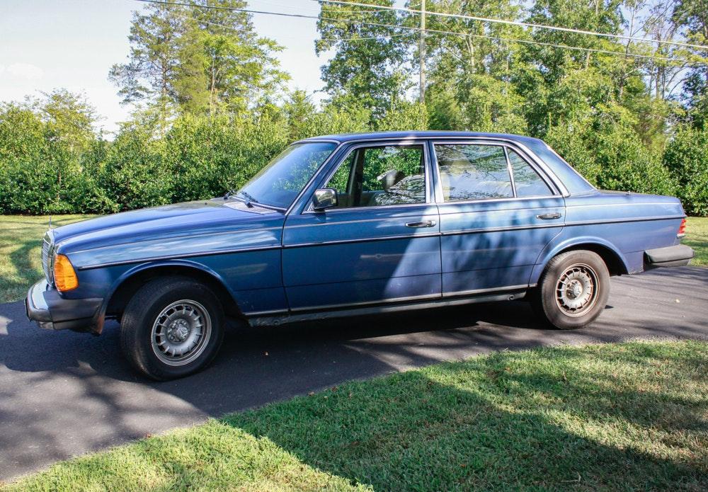 1982 Mercedes-Benz 300D Turbo Diesel Sedan